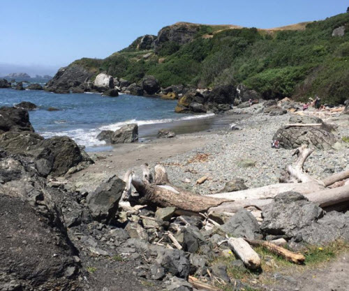 A cove at Harris Beach in Brookings, Oregon.