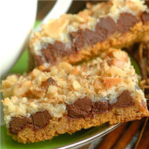 It's almost outrageous how good and easy these layer cookie bars are ...