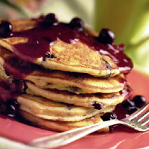 Fluffy Blueberry Pancakes with Sauce