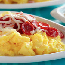 Pizza-Topped Scrambled Eggs