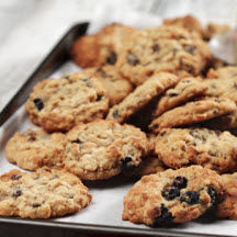 Chewy Blueberry Oatmeal Cookies