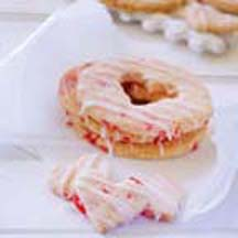 Gluten-Free Iced Cherry Rings