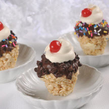 "No-Bake Mini ""Sundae"" Sweets"