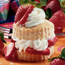 Strawberry Shortcake with Yogurt Cream