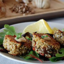 Crab and Mushroom Cakes with Chipotle Aïoli
