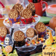 Jack-O-Lantern Mini Cheesecakes