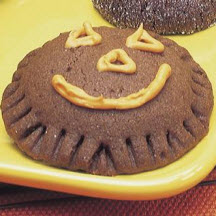 Pumpkin face surprise cookies recipe at for Surprised pumpkin face