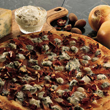 Gorgonzola and Caramelized Onion Pizza Recipe at ...