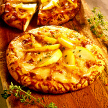 Pear Pizza with Caramelized Onions and Prosciutto