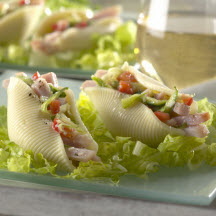 Bacon-Stuffed Shell Salad