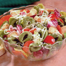 Spinach Cheese Tortellini Salad