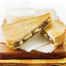Melted chocolate and peanut butter combined with slices of banana will ...
